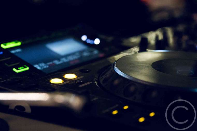 DJ Equipment Review